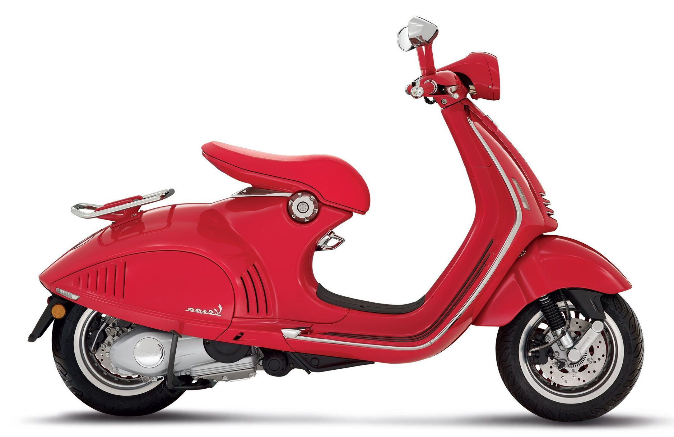 Vespa 946 red Marseille